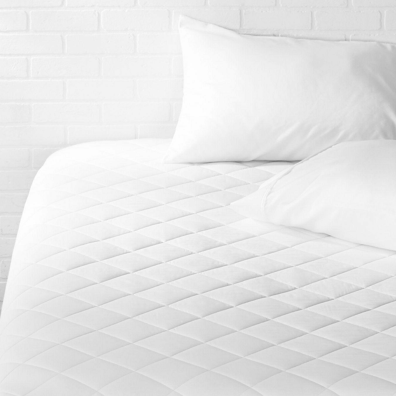 full size hypoallergenic quilted mattress topper pad
